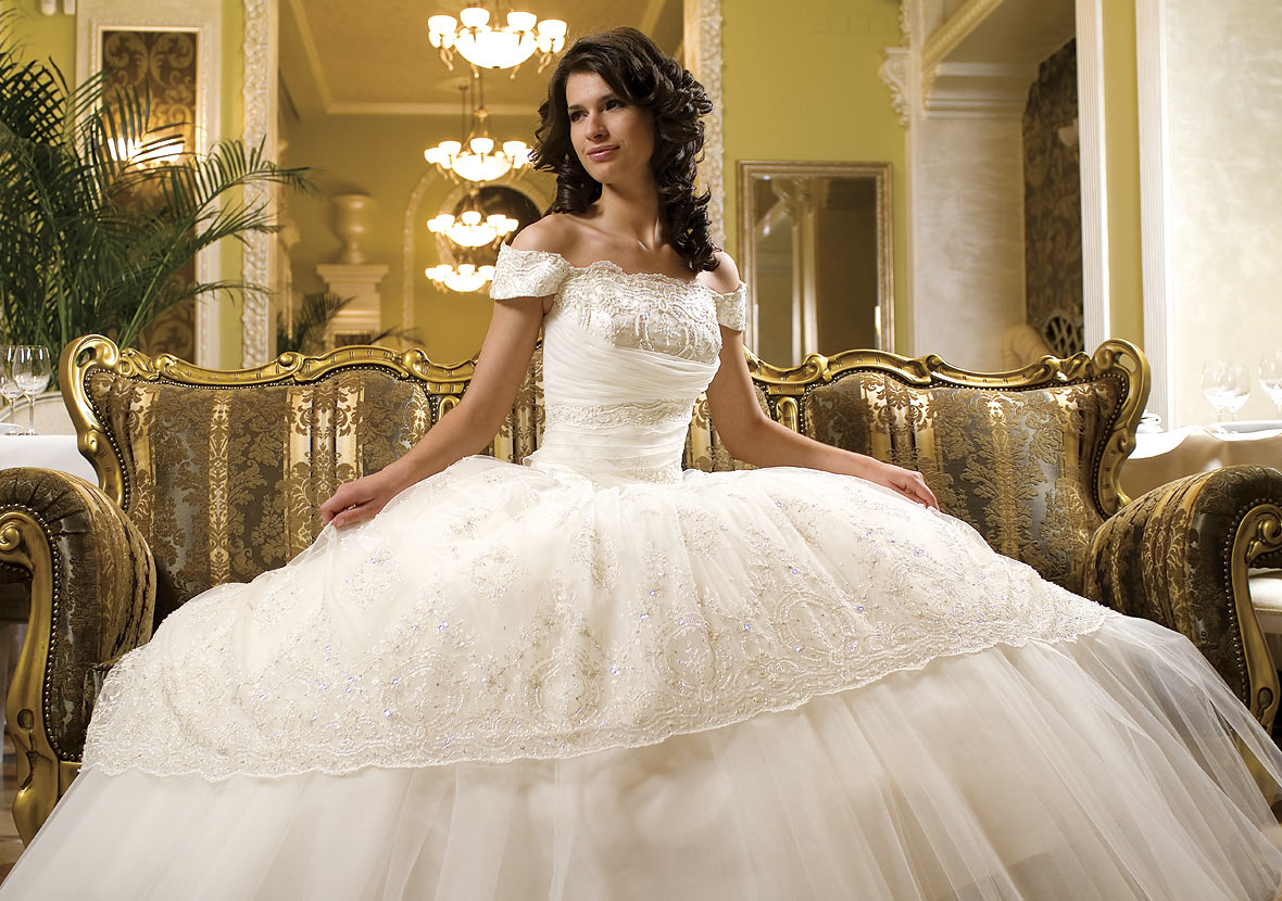 Если свадебное платье не белое то