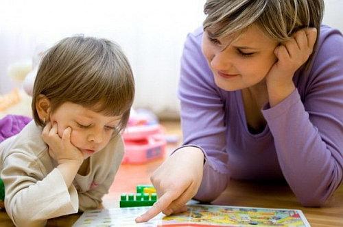 Как выбрать няню для ребенка