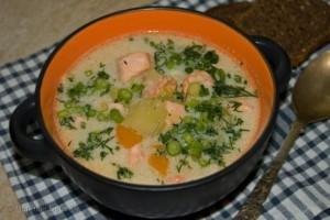 Крем-суп с креветками и рыбой