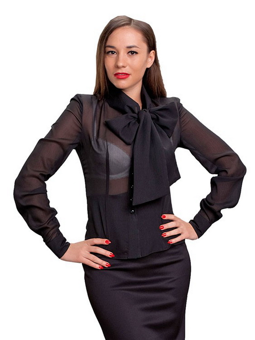 Прозрачная блузка на голое тело
