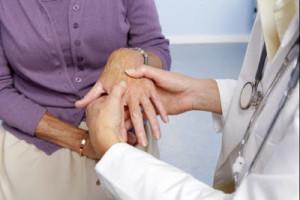 Что такое артрит суставов пальцев рук и как от него избавиться